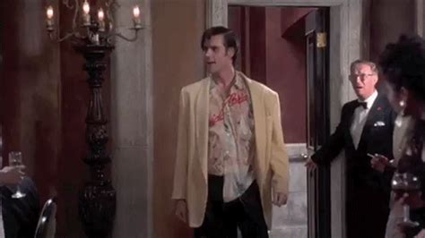 ace ventura bathroom 13 absurd things men do in public that women would never