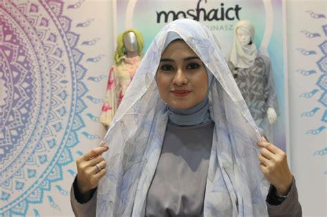 tutorial hijab untuk sholat ied tutorial hijab cantik untuk salat ied dream co id