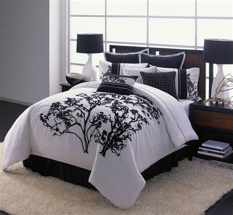 Cool Bedspreads Luxurious Black And White Comforters For Your Bedroom