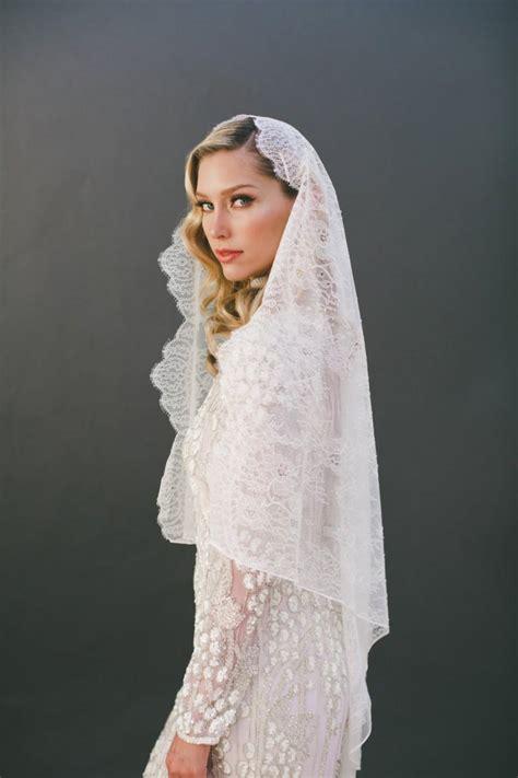Lace Wedding Veil lace wedding veil mantilla veil bridal veil chantilly