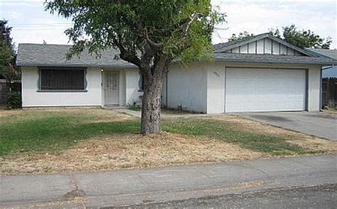 houses for sale in sacramento ca 6933 richeve way sacramento ca 95828 foreclosed home information foreclosure homes