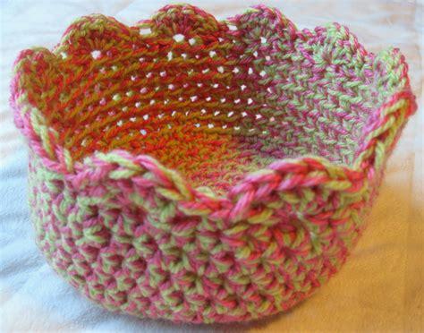 crochet pattern yarn bowl mountain mama free crochet bowl pattern