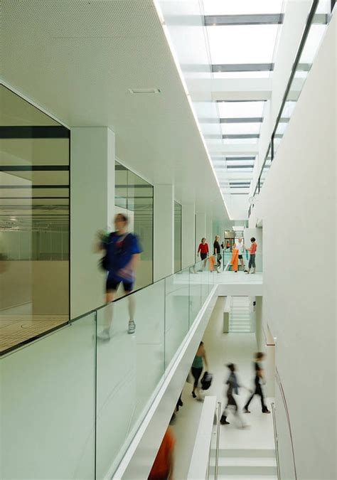 foyer polyterrasse sport center eth honggerberg dietrich untertrifaller