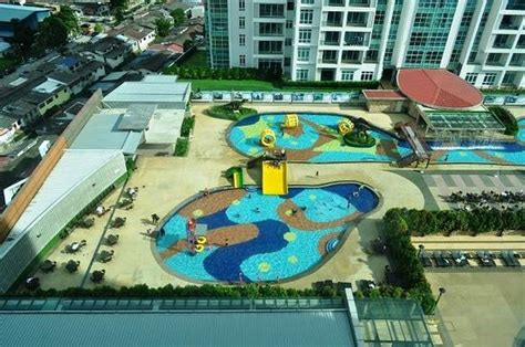 themes hotel johor the dinosaur water theme park picture of ksl hotel
