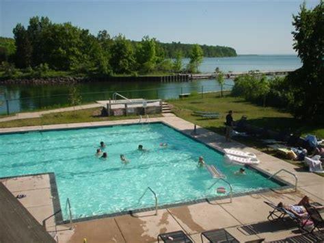 inn  madeline island event planning  lodging
