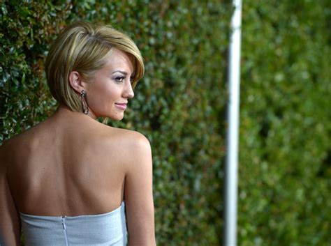 side and back photos of chelsea kanes hair more pics of chelsea kane side parted straight cut 20 of