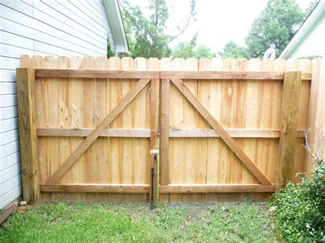 how to build a double swing wooden gate 17 best images about fencing deck ideas on pinterest