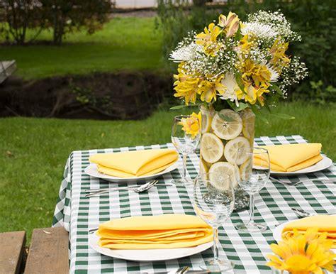 Outdoor Spring Tablescape Inspiration