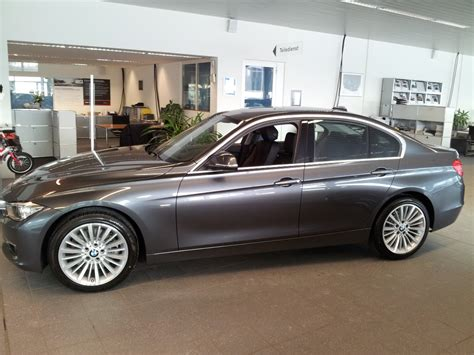 Bmw F30 3 Series Mineral Grey 1 18 Diecast Model Car By Paragon 97025 bmw 3 series and 4 series forum f30 f32 f30post