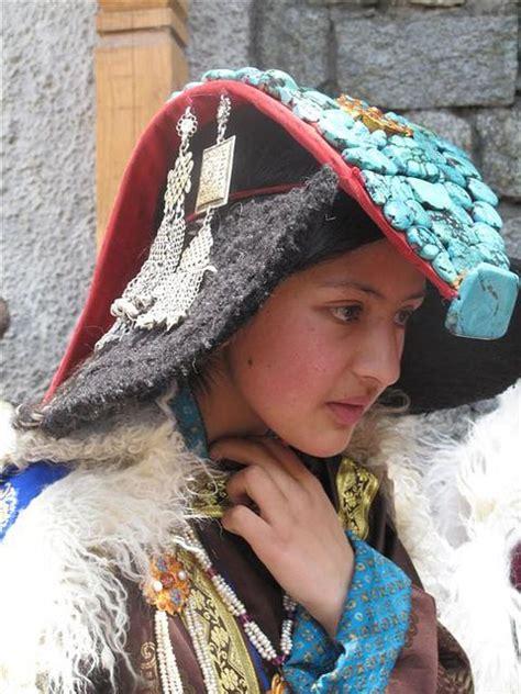 Segiempat India 4 suku pedalaman yang dihuni wanita wanita cantik segiempat
