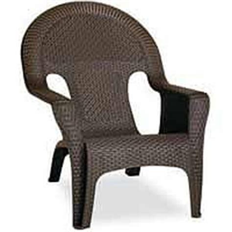resin wicker lounge chairs publix pretty porches pinterest