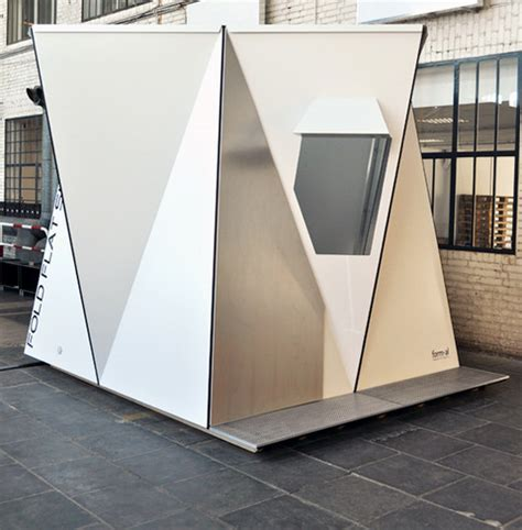 Modern Shotgun House by Folding Shelter