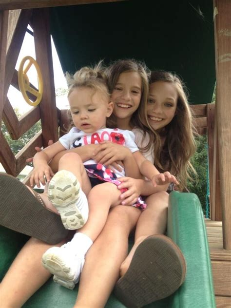 dance moms maddie and kenzie maddie and mackenzie with their little cousin natalya