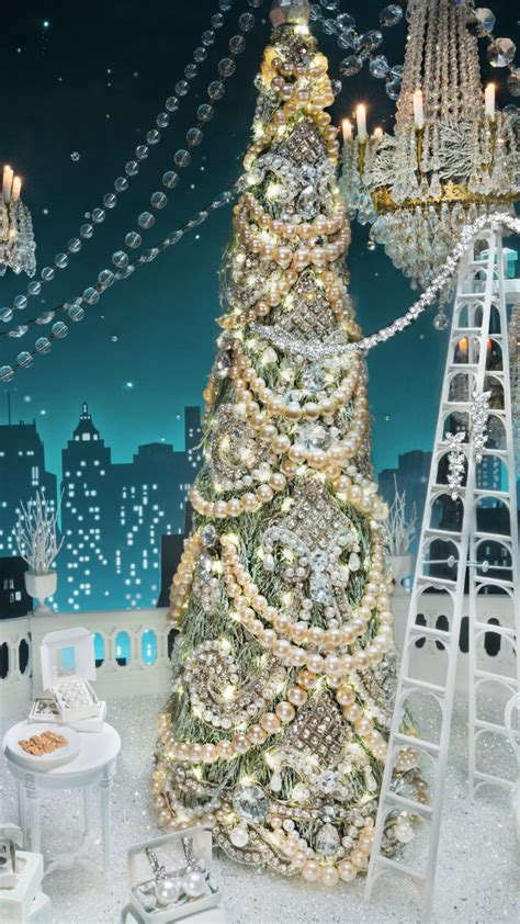 Nyc s best holiday window displays for 2016 171 cbs new york