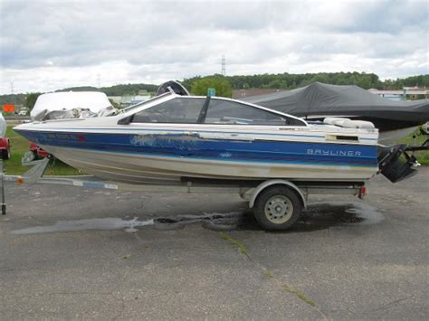 used boat motors shakopee mn 1988 bayliner capri 16 16 foot 1988 bayliner capri motor