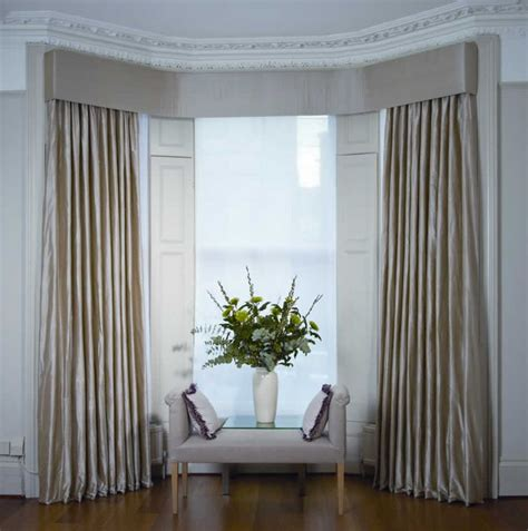 bay window with curtains 17 best ideas about bay window blinds on pinterest bay