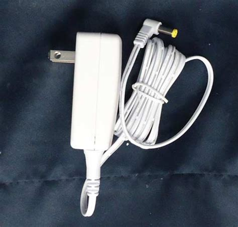 lemax village collection ac power adaptor with 1 output