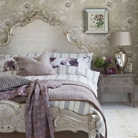 33 bedrooms with an garden air bedrooms - Shabby Chic Purple Bedroom