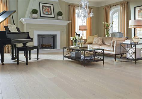 White Oak Flooring in a Living Room   Carlisle Wide Plank