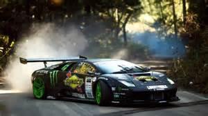 Drift Lamborghini A Lamborghini Drift Like A Beast Around The Corners