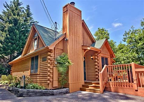gatlinburg cabins 1 bedroom 3 common myths about renting a 1 bedroom gatlinburg cabin