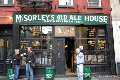 old ale house 10 of the oldest surviving bars in nyc mcsorley s bridge cafe ear inn chumley s fraunces