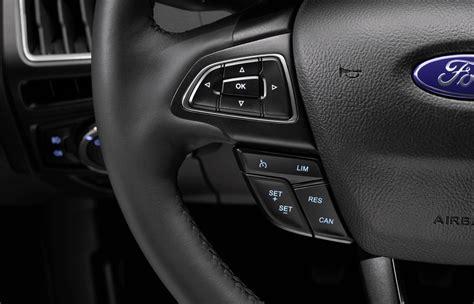 interni ford 2014 nuova ford focus hatchback e wagon immagini ufficiali e