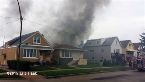 black lady house on fire fully involved house fire firescenes net