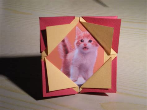 Origami Picture Frame - how to make an origami picture frame