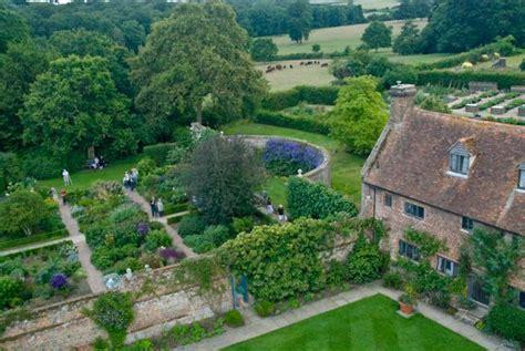 White House Rose Garden Map by Sissinghurst Castle Garden History Travel And