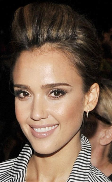 pompadour hairstyle pictures for women top 21 jessica alba hairstyles pretty designs us55