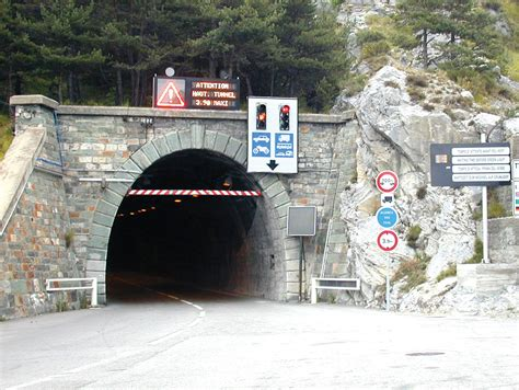 tunnel de tende les italiens lancent le chantier du nouveau tunnel de tende
