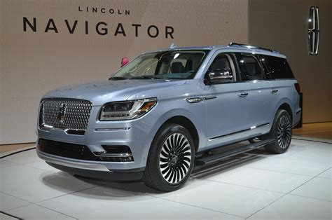 lincoln suv reviews lincoln cars sedan suv crossover reviews prices