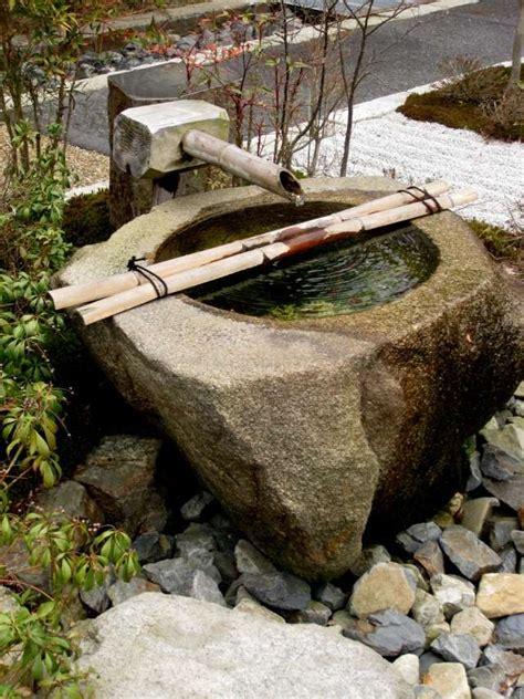 gartenbrunnen selber bauen stein garten brunnen aus stein