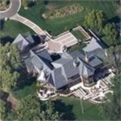 stephen hemsley house minnesota wayzata virtual globetrotting