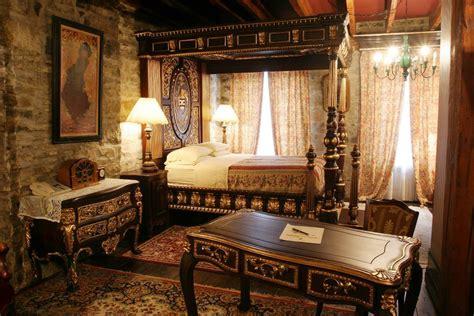 ancient egyptian home decor hotel chateau pierre du calvet a piece of history