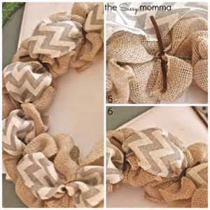 how to make a burlap wreath with two colors how to make a burlap wreath 2 diy projects