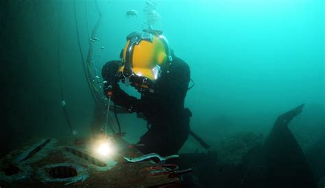 the antithesis of underwater welding underwater burning cdiver