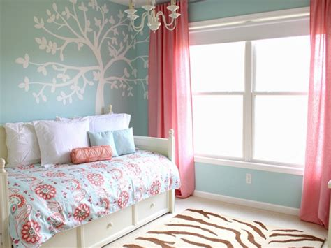 coral rooms i want to decorate my room blue and coral room coral and navy blue rooms interior designs