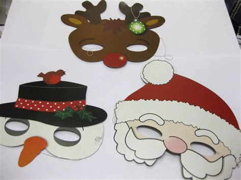 12 x christmas masks santa snowman reindeer party bag