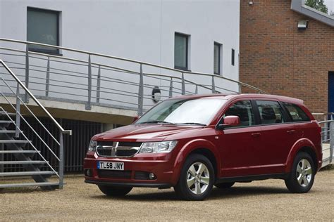 reviews for dodge journey dodge journey estate review 2008 2010 parkers