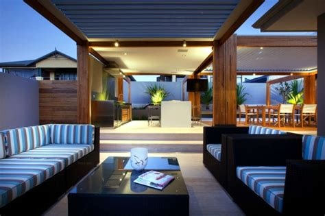 Alfresco Home Patio Furniture Patio Aluminum And Wood Roof Provides Visibility And Wind