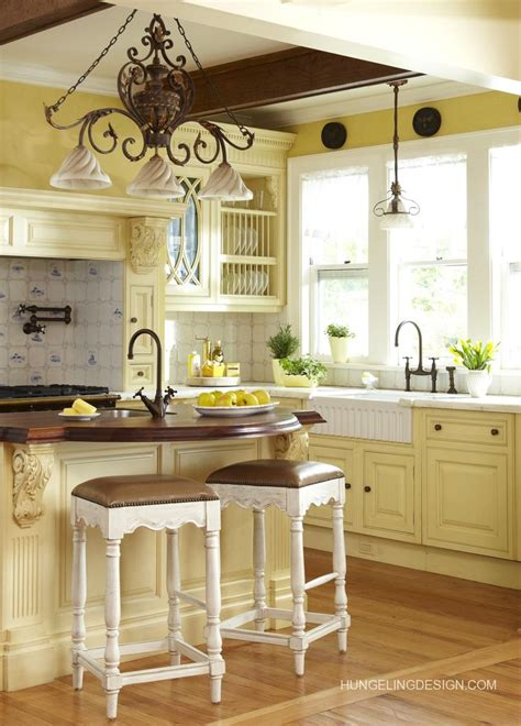 light yellow kitchen best 25 pale yellow kitchens ideas on pinterest yellow kitchen walls yellow kitchens and