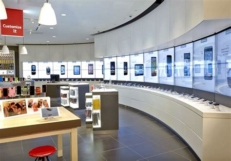 digital stores 25 best ideas about retail store displays on