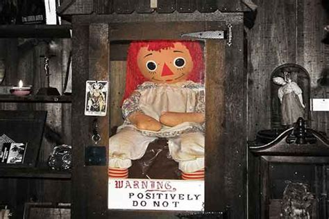 annabelle doll in et the warrens top 5 paranormal cases livescifi tv