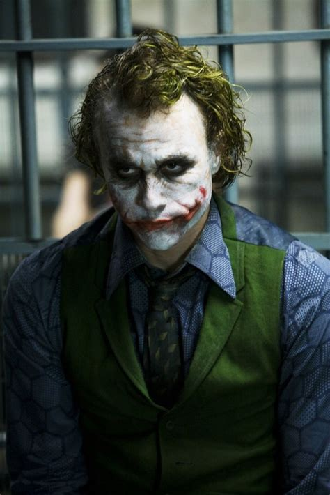 imagenes the joker heath ledger i m going to blow up this police station the joker
