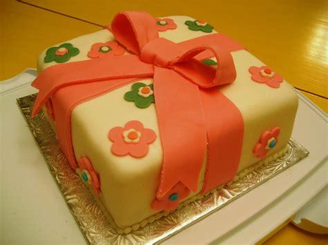 wilton bridal shower cake designs wilton bridal shower cake ideas 66209 cake sparkles wilton