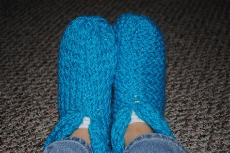 loom knitting slippers ravelry loom knit s cabin slippers free pattern by