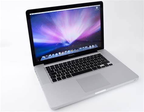 Macbook Pro 2 apple macbook pro 15 quot 2 66 ghz 2 duo 4 go ram image 41747 audiofanzine