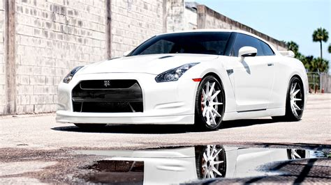 nissan gtr wallpaper free cars hd nissan gtr hd wallpapers